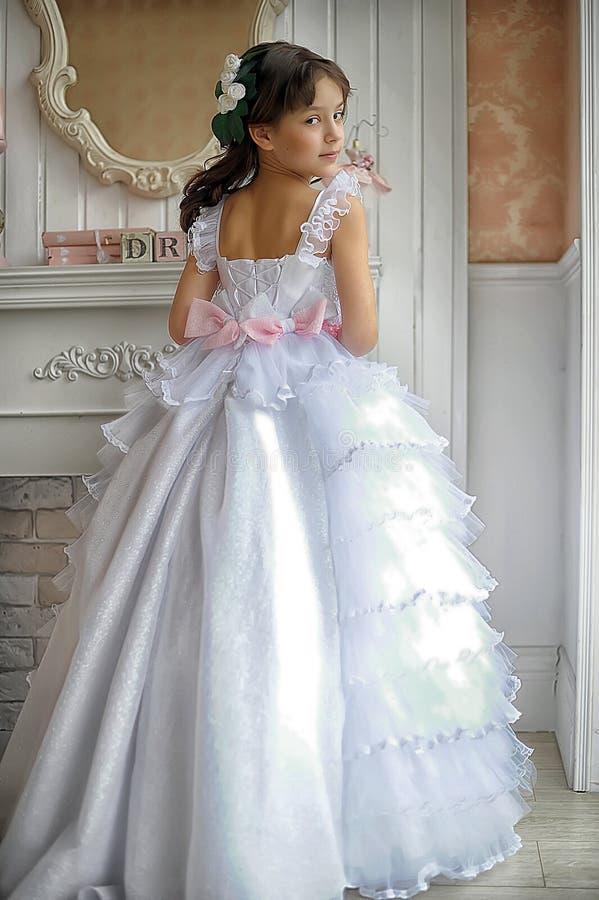 Uma moça encantador fotos de stock royalty free