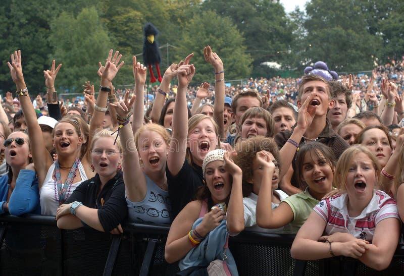 Multidão do festival de música foto de stock