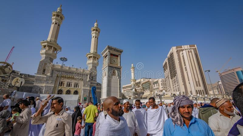 Uma multidão de peregrino em Arábia Saudita foto de stock