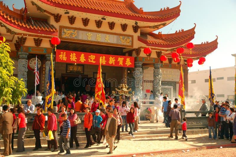 Uma multidão que comemora o ano novo lunar chinês fotografia de stock royalty free
