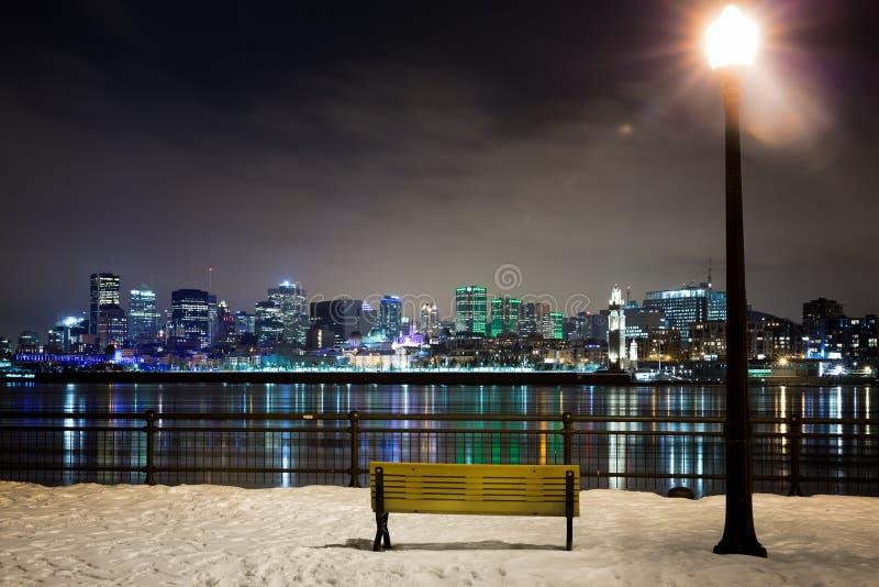 Uma noite nevado em Montreal fotografia de stock royalty free