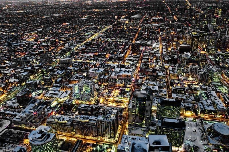 Uma opinião aérea da noite de Toronto imagem de stock royalty free