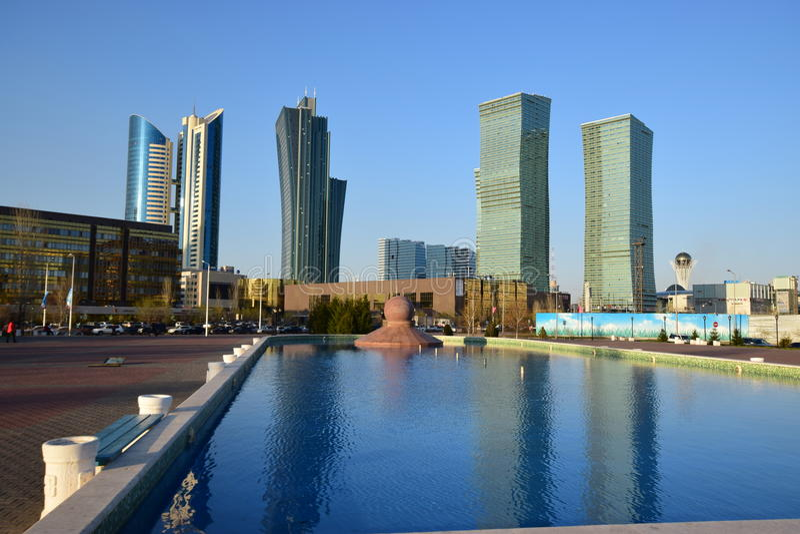 Uma opinião da rua em Astana/Cazaquistão imagem de stock
