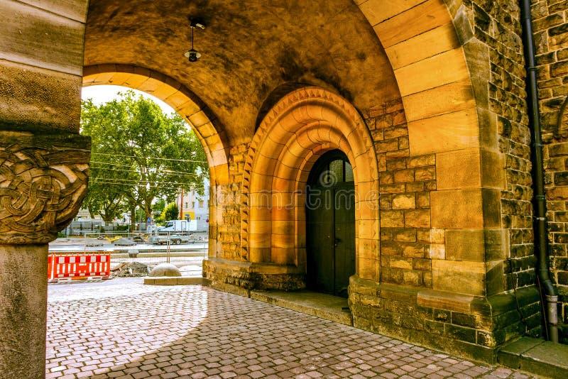 Uma parte de uma igreja velha foto de stock royalty free