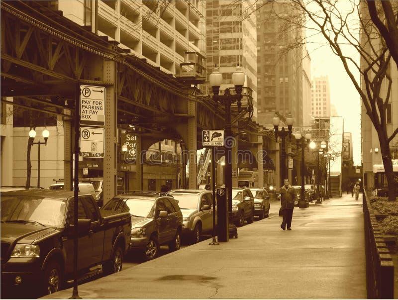 Uma perspectiva da manhã do inverno em Chicago no revestimento do sepia fotos de stock royalty free