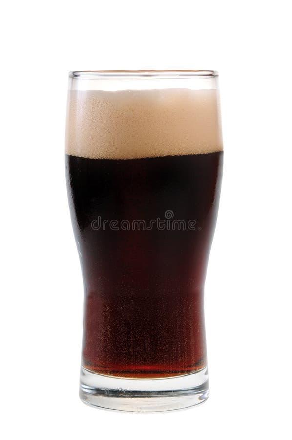 Uma pinta da cerveja de malte isolada fotografia de stock