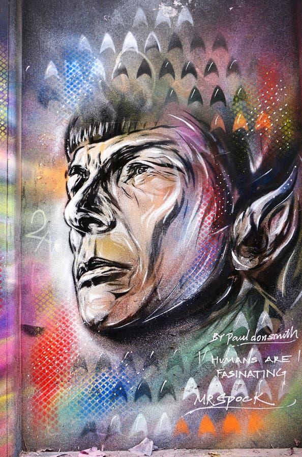 Uma pintura dos grafittis da arte da rua que representa o Sr. Spock de Star Trek em Londres fotos de stock