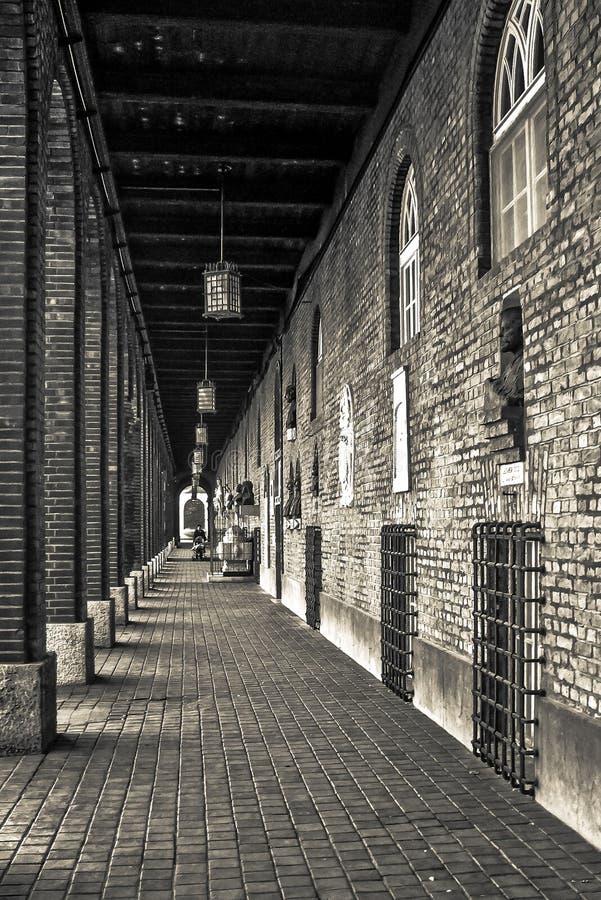 Uma pista velha da cidade de Szeged, Hungria fotos de stock royalty free