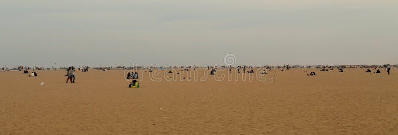 Uma praia enorme em Chennai, Índia fotografia de stock royalty free