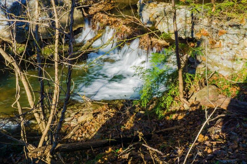 Uma represa abandonada velha imagem de stock