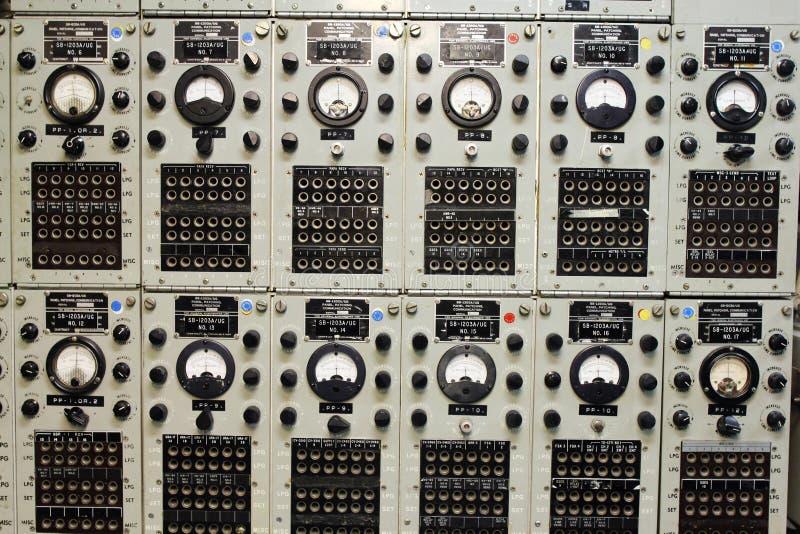 Uma sala velha do rádio do navio imagem de stock royalty free