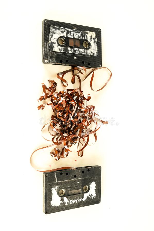 uma seleção de cassetes áudio velhas fotografia de stock