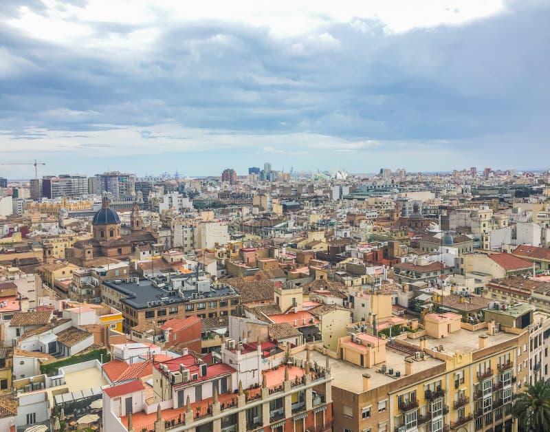 Uma skyline da arquitetura da cidade da Espanha da cidade de Valência fotografia de stock