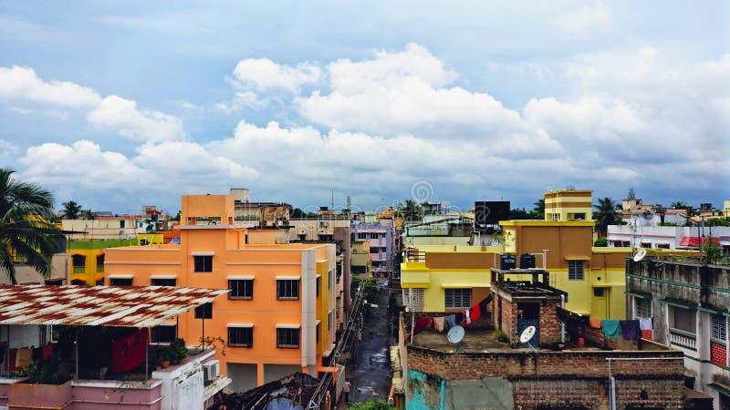 Uma tarde da monção de um apartamento de Kolkata imagens de stock royalty free