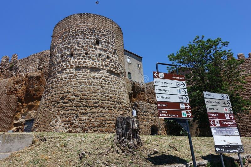 Uma torre antiga em Cerveteri fotografia de stock