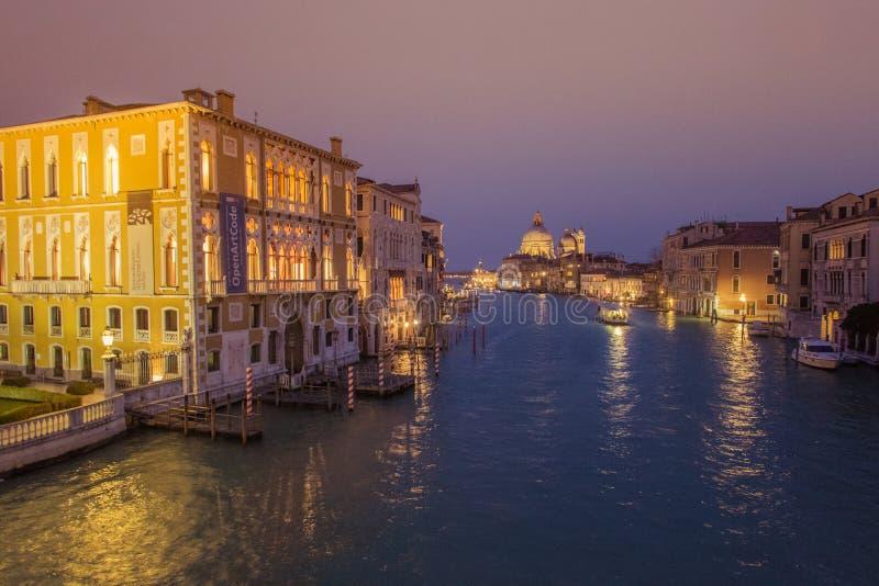 Uma visita de Veneza quando os turistas não estiverem lá fotos de stock