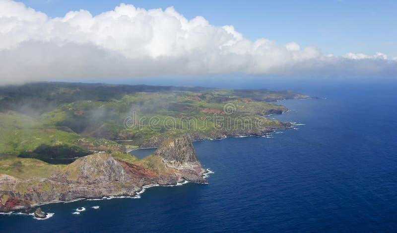 Uma vista aérea da costa norte ocidental do ` s de Maui e Kahakuloa dirigem, Ha imagem de stock royalty free