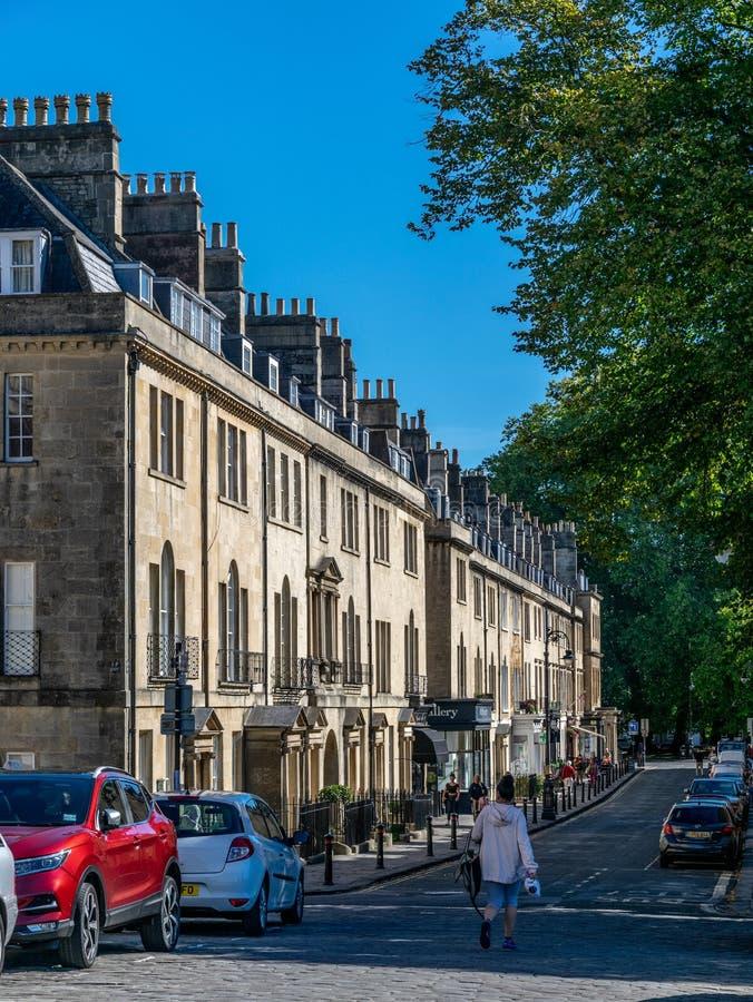 Uma vista ao longo de Brock Street na luz do sol do outono fotos de stock royalty free