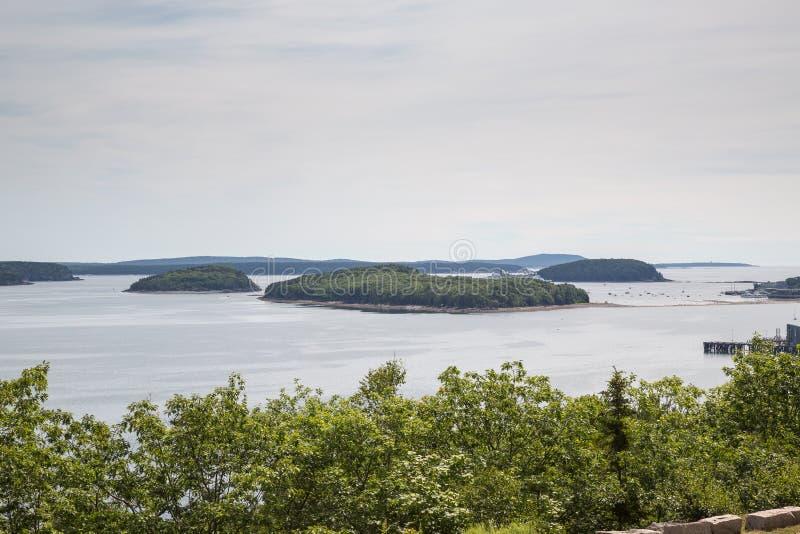 Uma vista da baía do francês no parque nacional do Acadia foto de stock royalty free