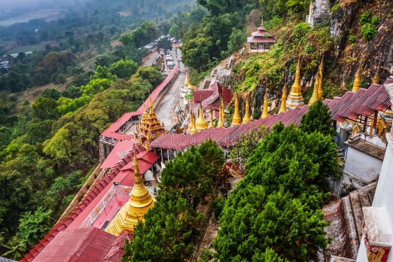 Uma vista das cavernas de Pindaya nos arredores, Shan State, Myanmar fotos de stock royalty free
