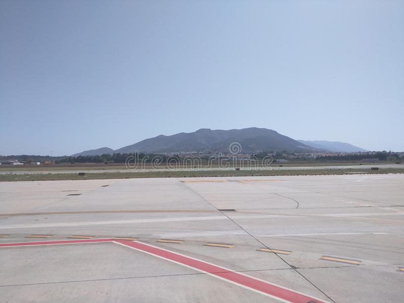 Uma vista das montanhas do aeroporto de Malaga fotografia de stock