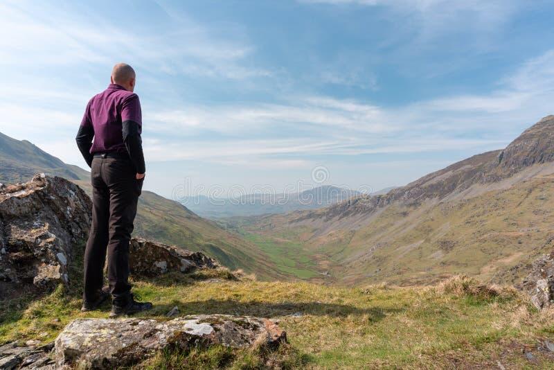 Uma vista de Cwm Croesor de Cnicht, Gwynedd, Gales imagem de stock royalty free