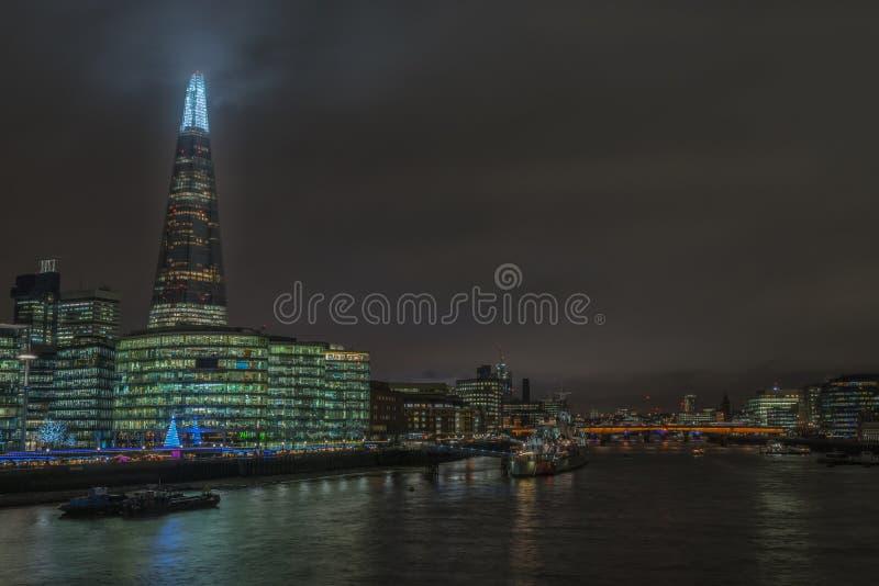 Uma vista de Londres central para o estilhaço fotos de stock