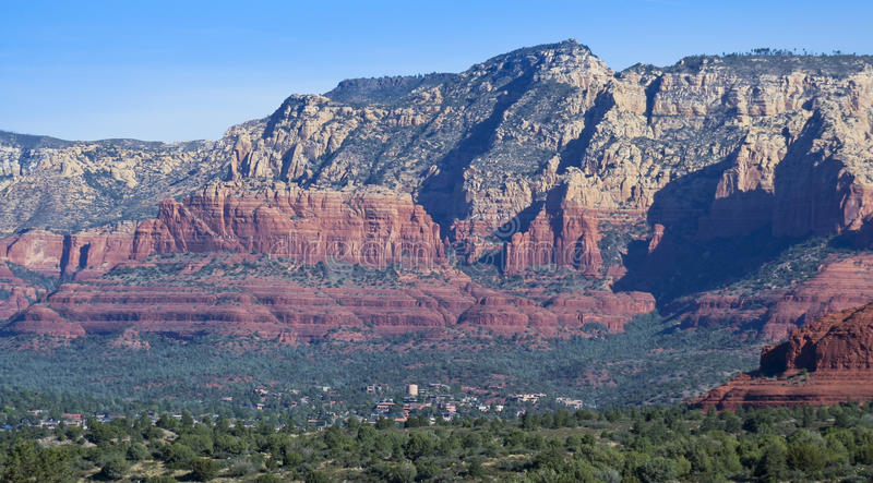 Uma vista de Sedona e das rochas vermelhas imagens de stock royalty free