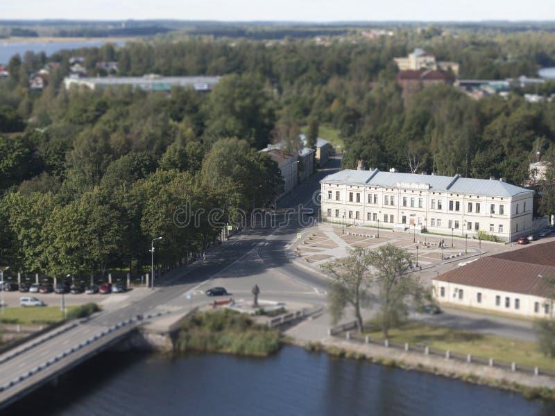 Uma vista do estuário de Vuoksi e o Golfo da Finlândia na vigia elevam-se em Vyborg, efeito do borrão do deslocamento da inclinaç fotos de stock royalty free