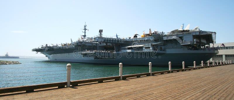 Uma vista do museu intermediário de USS fotos de stock royalty free