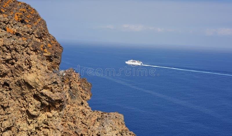 Uma vista do oceano foto de stock