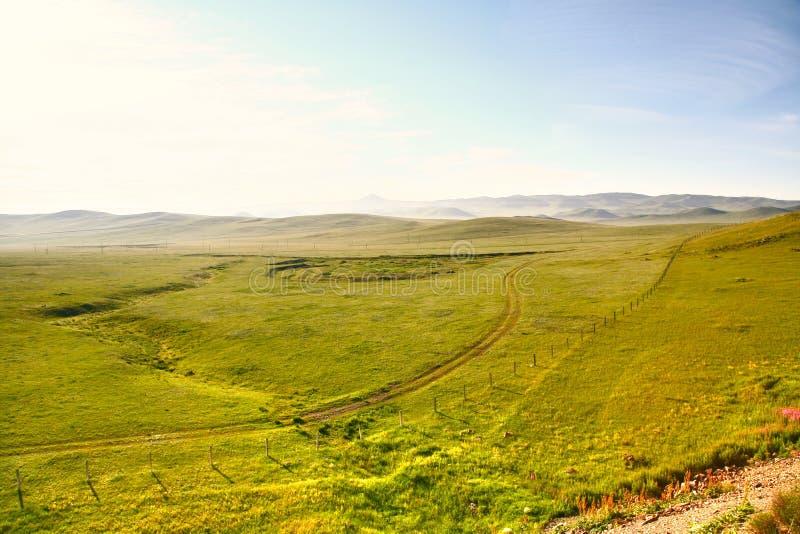 Uma vista do trem transiberiano em Ulaanbaatar, Mongólia fotografia de stock