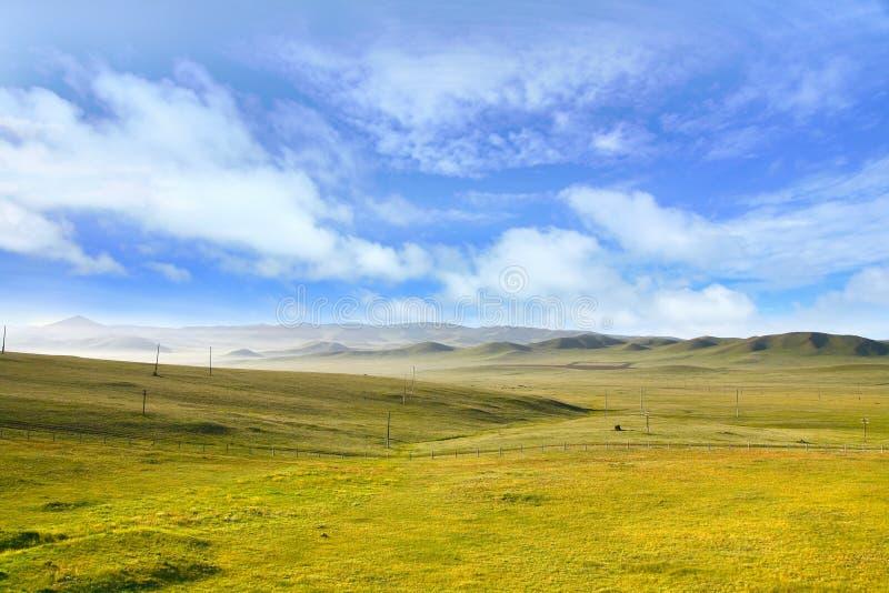 Uma vista do trem transiberiano em Ulaanbaatar, Mongólia imagem de stock
