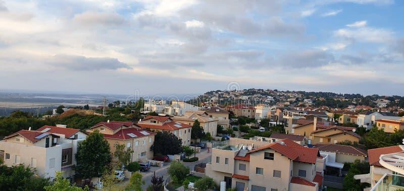 Uma vista panorâmica em Zichron Yaakov, Israel fotos de stock