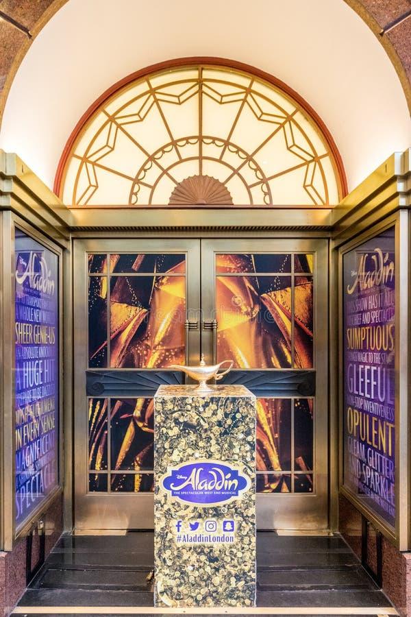Uma vista típica em Soho Londres imagem de stock royalty free