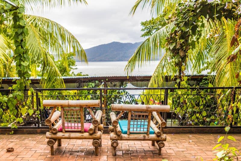 Uma vista típica no lago Nicarágua Apoyo imagem de stock