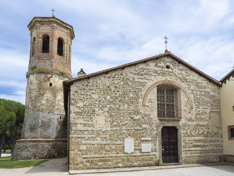 Umbertide, Perugia, Itália Vista externo da abadia de San Salvatore Camaldolese fotos de stock