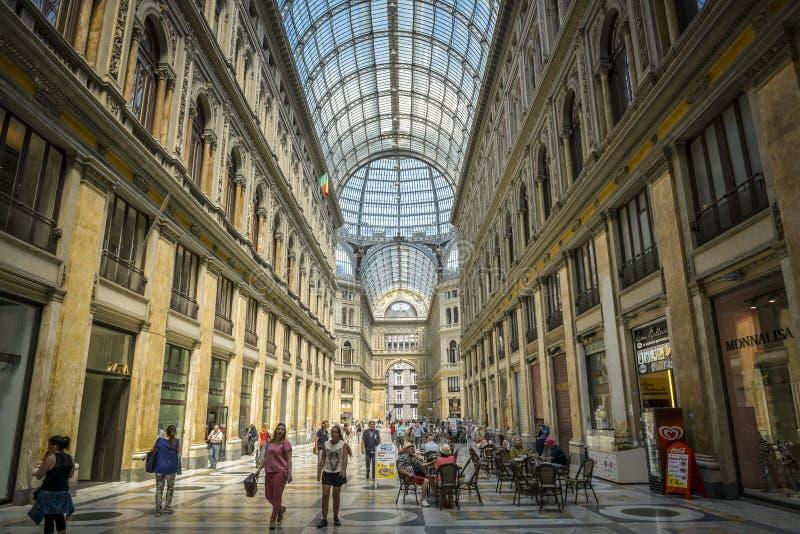 Umberto-Galerie in Neapel stockfotos