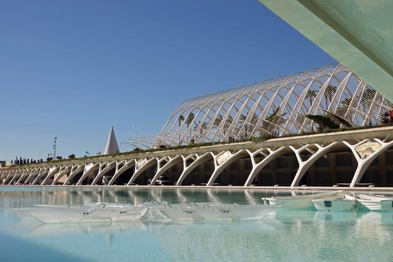 Umbracle i stad av konster och vetenskaper i Valencia, Spanien arkivfoton