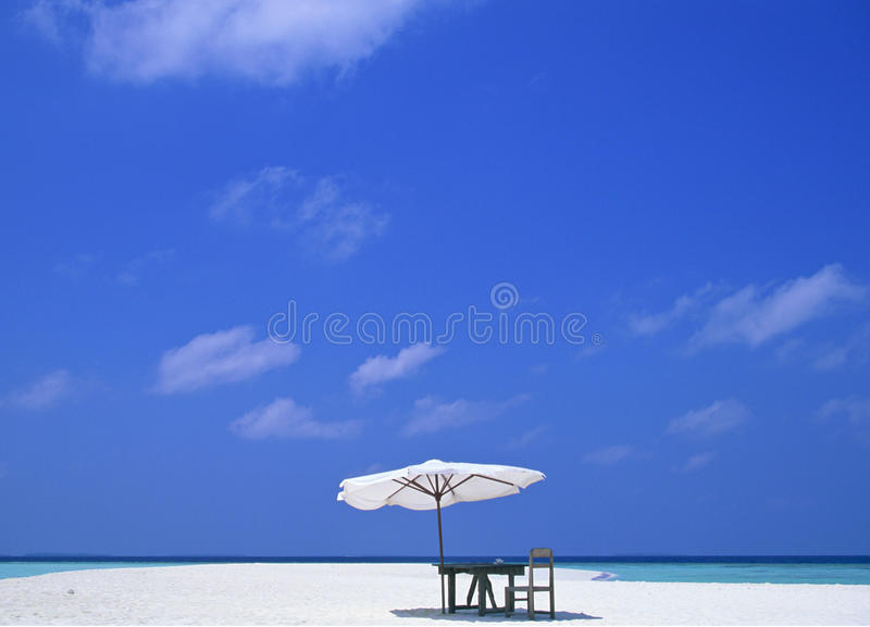 Download Umbrella and table stock photo. Image of plage, idling - 28802600