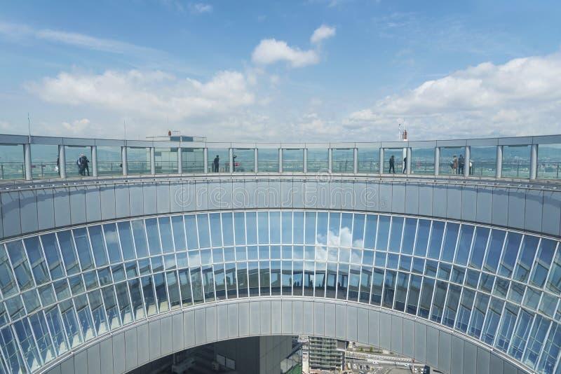 Umedahemel Waarnemingscentrum van de de Bouw het Drijvende Tuin in de stad van Osaka, Japan stock foto
