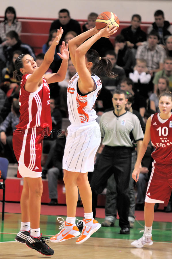 UMMC gegen TEO. Frauenbasketball Euroleague 2009-2010 lizenzfreie stockfotos