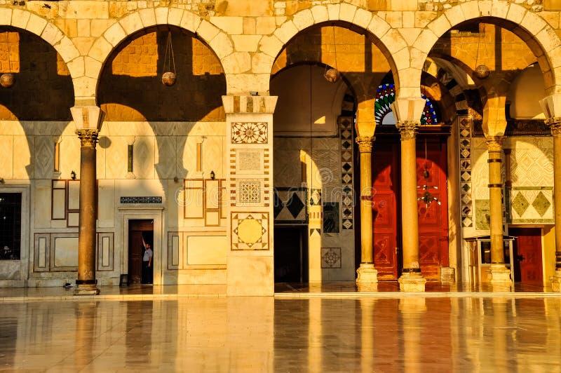 Ummyad moské på solnedgången royaltyfri foto