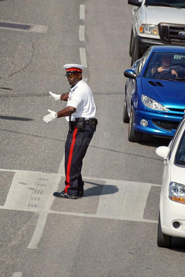 Umundurowany funkcjonariusz policji na Uroczystym kajmanie obrazy royalty free