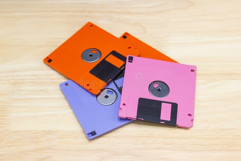 Un à disque souple également appelé un disque souple, une disquette, ou juste un disque était une forme omniprésente du stockage  photo libre de droits