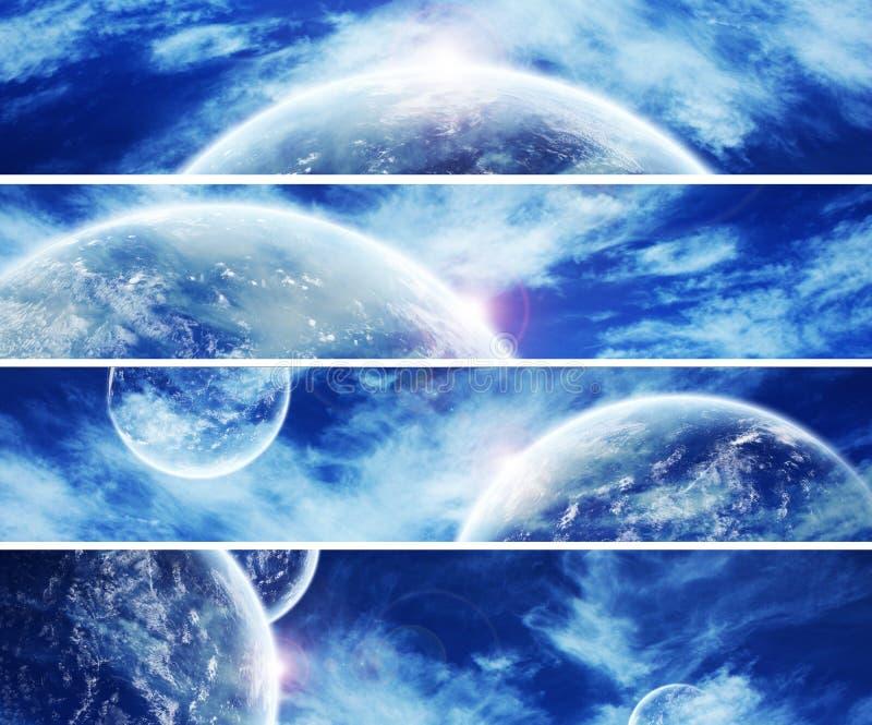 Un'accumulazione di 5 bandiere per il Web site: Spazio di cielo royalty illustrazione gratis