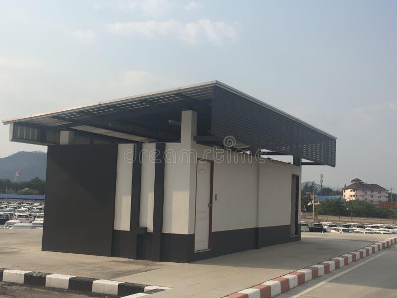 Un Almacén Es Un Edificio Comercial Para El Almacenamiento De ...