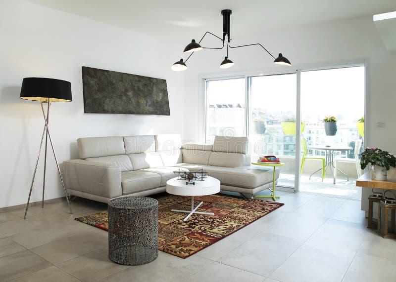 Un appartement terrasse de conception moderne photographie stock libre de droits