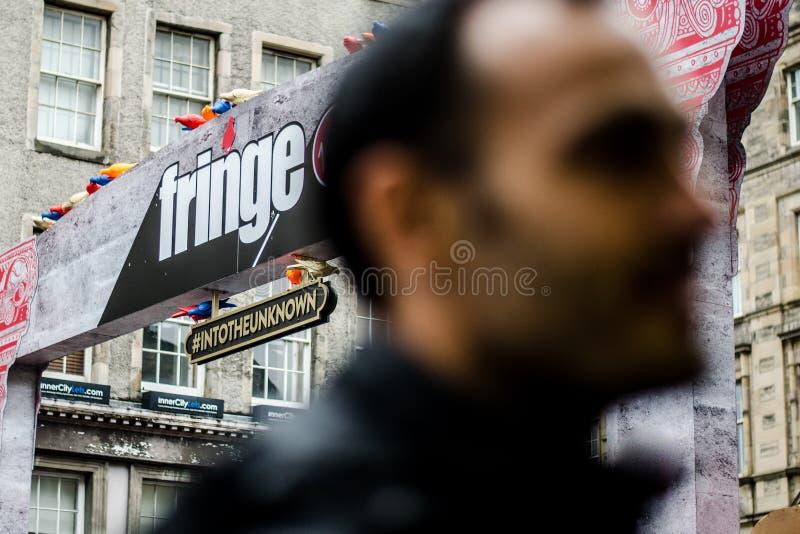Un arco con un nombre de la FRANJA - nombre del festival famoso en Edinb fotos de archivo