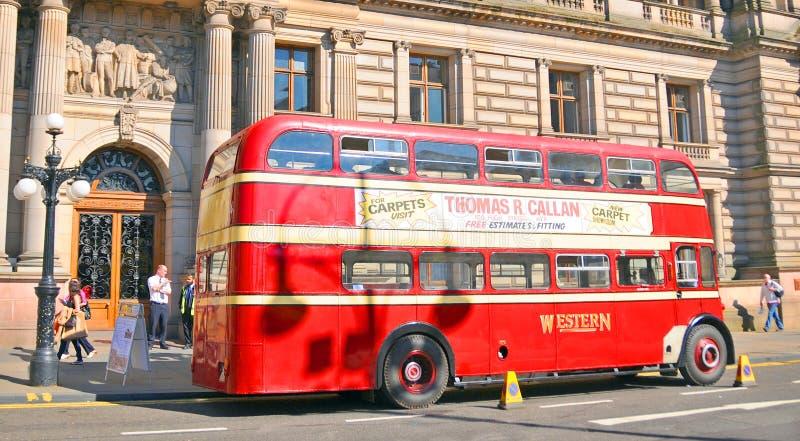 Un autobus a due piani immagini stock